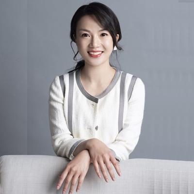 Lynn Zhou